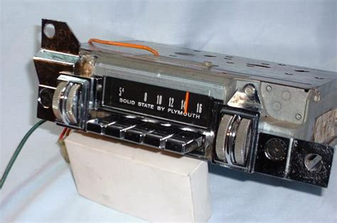 Vintage auto radio restoration jpg 621x412